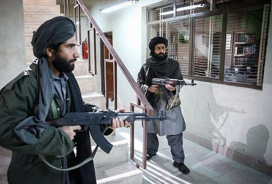 رمزگشایی از یک پرونده تروریستی/ روایت تنها بازمانده حادثه حمله به کنسولگری ایران در مزار شریف