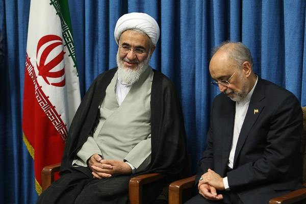رییس سازمان انرژی اتمی با نماینده ولی فقیه در استان قزوین دیدار کرد