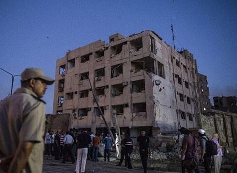 انفجار مهیب، قاهره را لرزاند/ داعش مسئولیت حمله را بر عهده گرفت