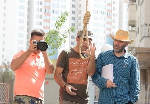 تصاویری از صحنه اعدام در «رسوایی دو» مسعود دهنمکی