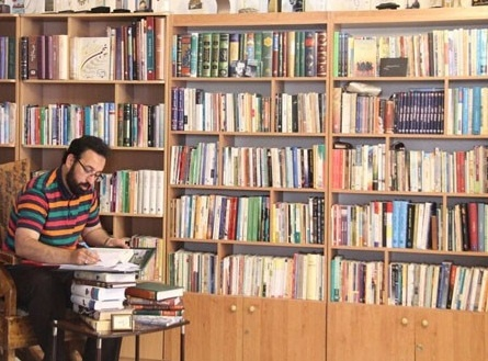 بازگشت فرزاد جمشیدی با یک  فرهنگ 20 جلدی