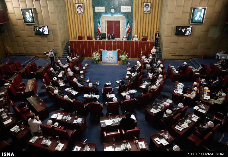 نامزدهای احتمالی انتخابات خبرگان چه کسانی هستند؟/ از هاشمی و خمینی تا آقاتهرانی و غرویان