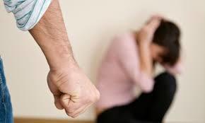 خشونت خانگی چیست و چه کسی قربانی آن میشود؟/ توصیههایی برای قربانیان همسرآزاری
