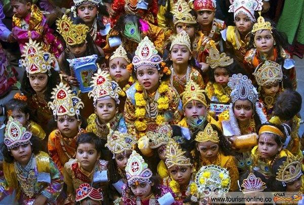 از جشن تولدی ویژه در هندوستان تا بازسازی جنگ های روم باستان