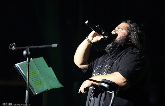 صحنه هایی از کنسرت رضا صادقی در شیراز