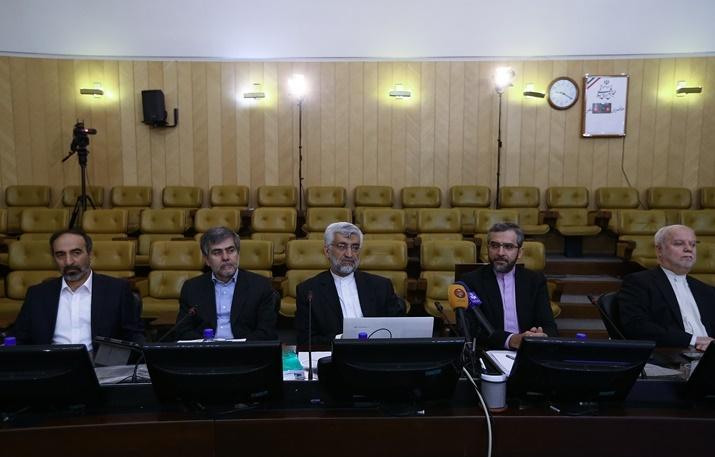 سیاست در هفته ای که گذشت به روایت تصاویر/از دو مراسم ترحیم تا لبخندهای دو رئیس قوه و پای شکسته ظریف