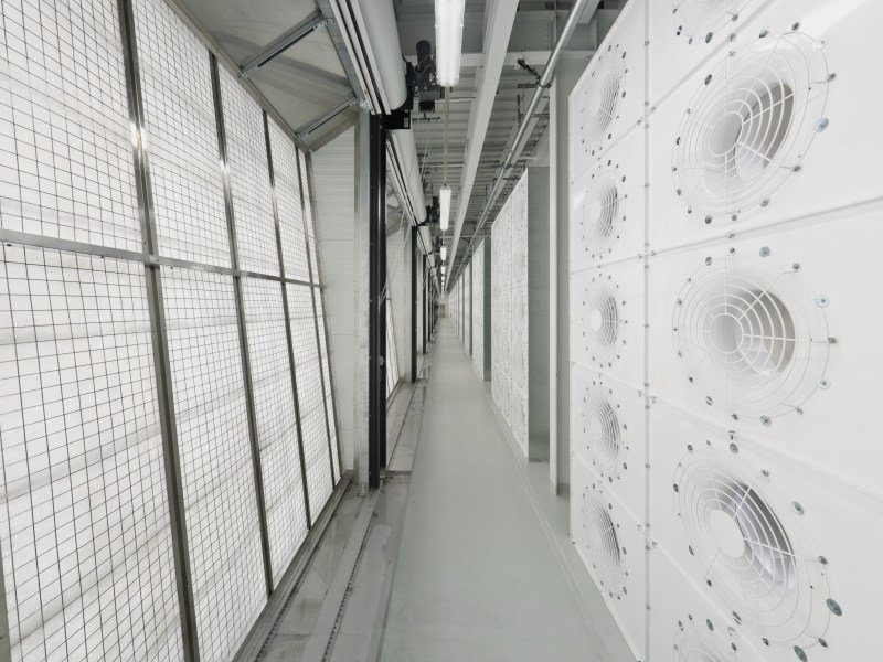 مغز فیس بوک؛ مکانی که عکس و دیتای 1.4 میلیارد کاربر فعال در آنجا ذخیره و مدیریت میشود را ببینید
