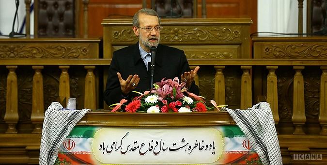لاریجانی: مسئولیتشناسی ایران نگذاشت داعش در منطقه گسترش یابد/ پس از عزل بنی صدر کشور به وحدت رسید