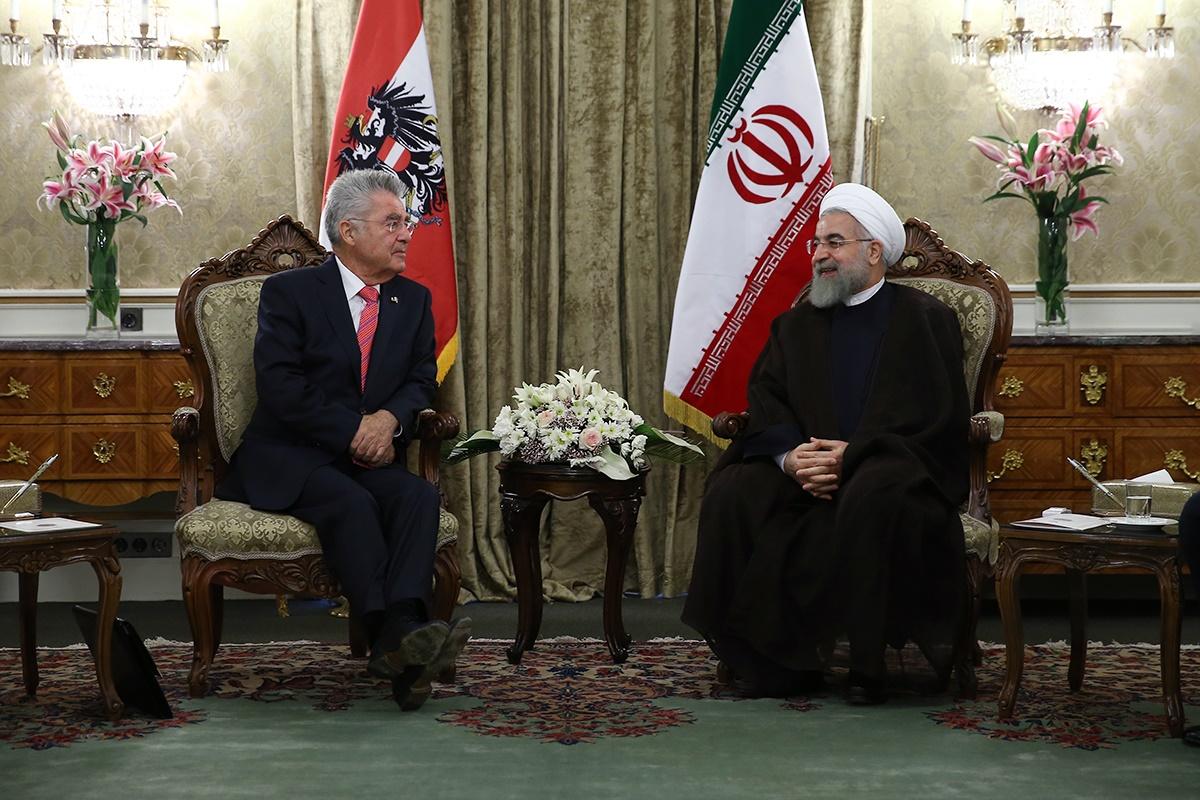 ایران و اتریش چهار سند همکاری امضا کردند