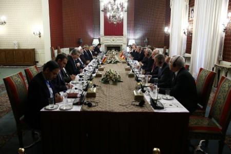 روحانی: پیام توافق هستهای صلح، دوستی، گفتگو و همکاری و توسعه آینده منطقه و جهان است