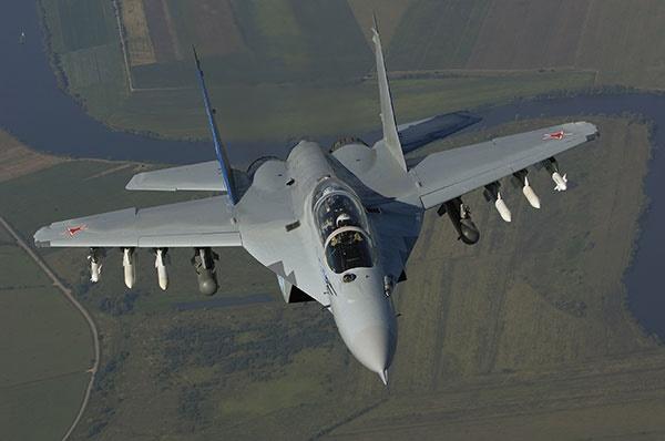 واکنش رسانههای روسیه به بحث جنگندهای کاربران ایرانی/ ایرانیها میگ-۳۵ را به سوخو ۳۵ ترجیح میدهند!