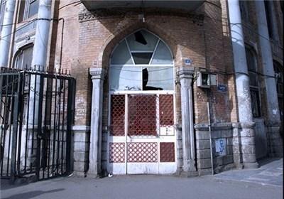 اینجا خانه رضا میرپنج، خانه استاد صنعتی/ هلال احمر مرمت میکند