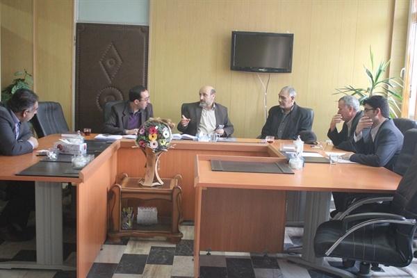 فرماندارخرم دره:جذب خیرین دراولویت برنامه های انجمن خیرین مسکن سازشهرستان قرارگیرد