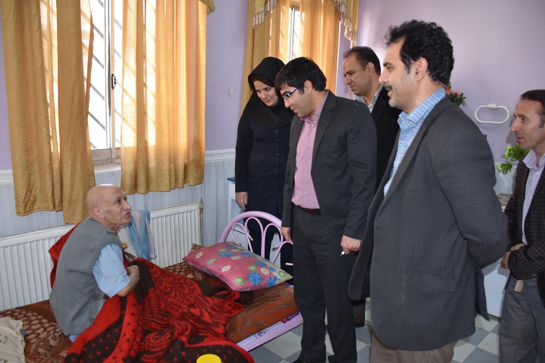 بازدید سر زده رییس بهزیستی شهرستان خرم آباد از مرکز نگهداری سالمندان صدیق