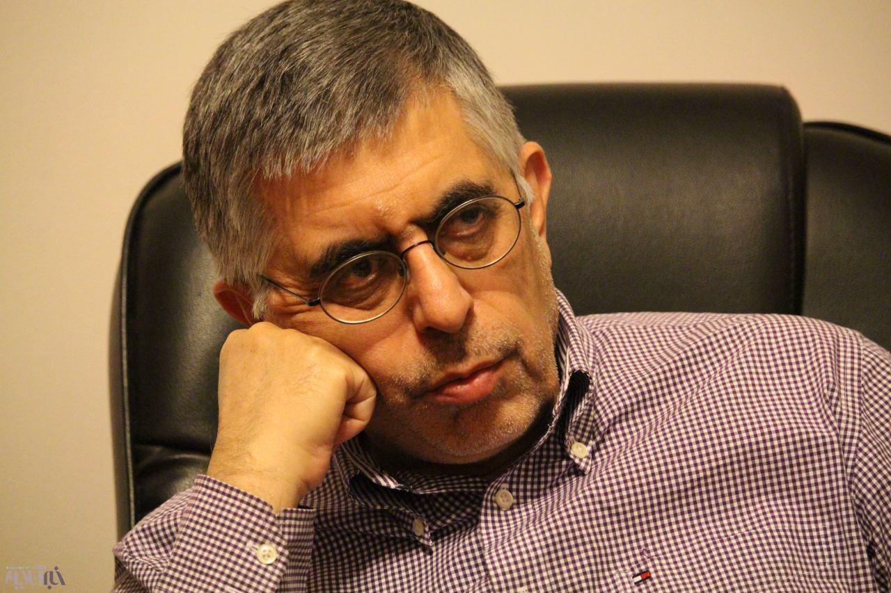 بشنوید | نظر جنجالی کرباسچی درباره رفتارهای احمدینژاد!
