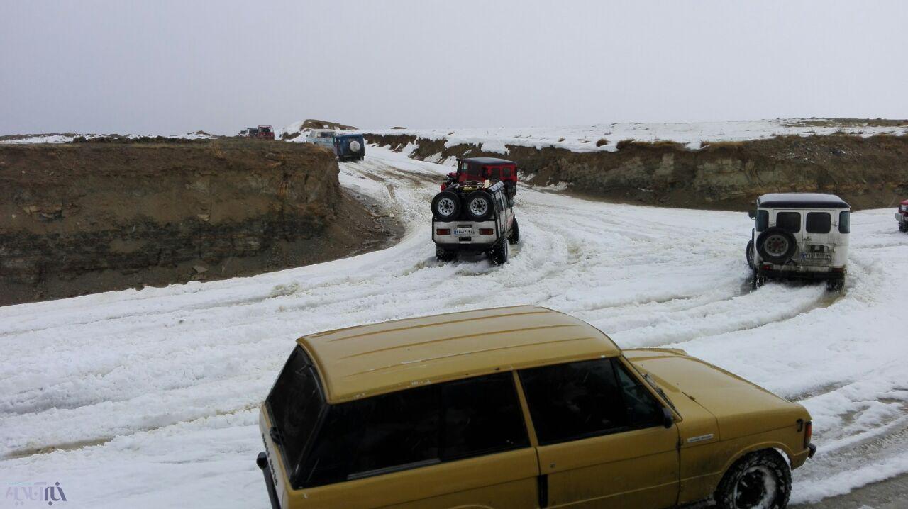 تفریح و هیجان گروه اروم آفرود در کوه ها
