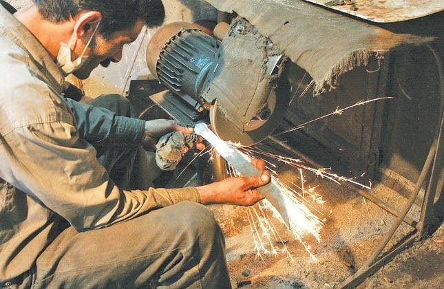 صنعت روی ریل تولید در زنجان