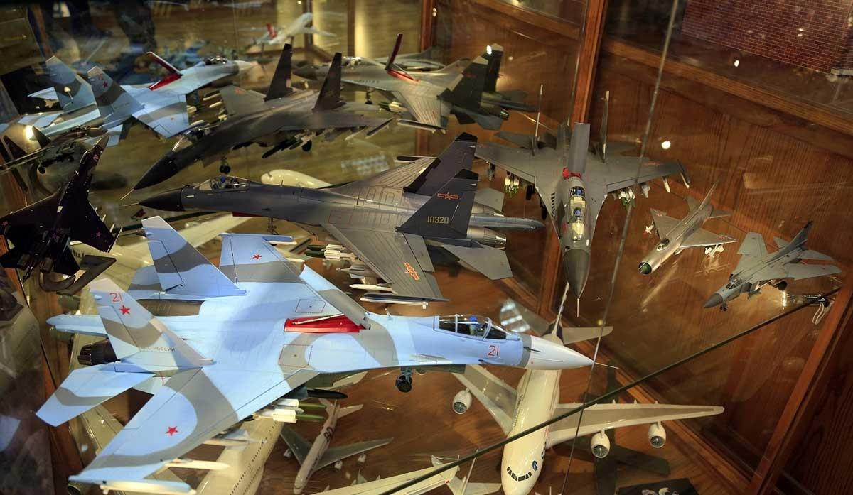 تصاویر   موزهای متفاوت در لبنان   هزاران نمونه کوچک از انواع وسایل نقلیه