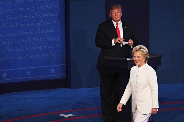 فیلم   داغترین بحث بین کلینتون و ترامپ در مناظره آخر   دیوار ترامپ دور آمریکا