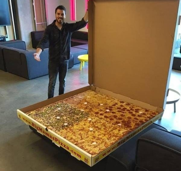 عکس   بزرگترین پیتزا