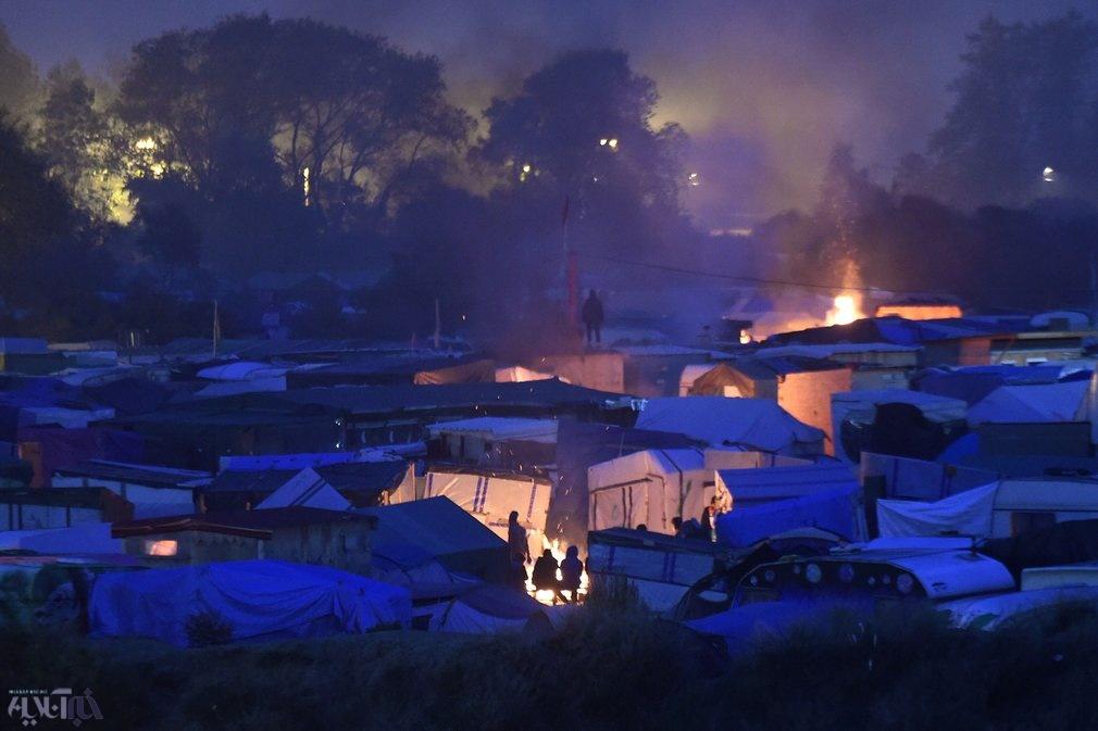 عکس | بلاتکلیفی پناهندگان باقیمانده در اردوگاه جنگل