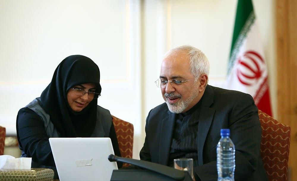 تصاویر | ثبتنام ظریف در سایت مرکز آمار ایران برای سرشماری