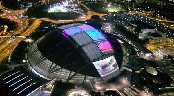 بزرگترین استادیوم گنبدی جهان با سقف الایدی را ببینید