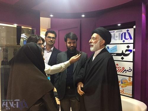 سیدهادی خامنهای: رجل سیاسی از ابتدای تصویب قانونش شامل زن و مرد میشد