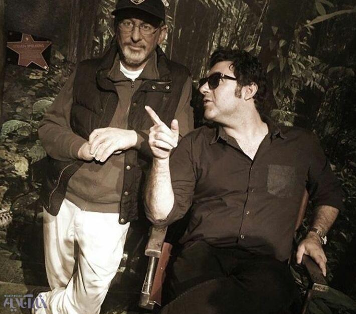 عکس | مصطفی کیایی و اسپیلبرگ سر صحنه فیلمبرداری پارک ژوراسیک