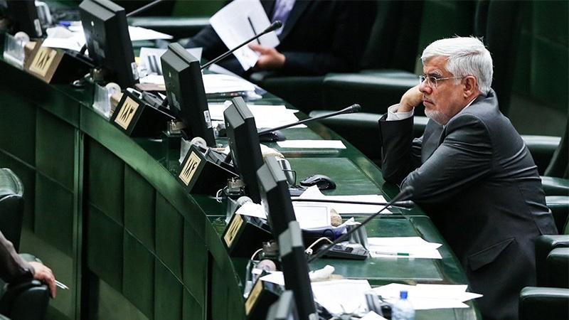 پشتپرده سکوت عارف؛ ساکن صندلیِ شماره ۱۸۴مجلس