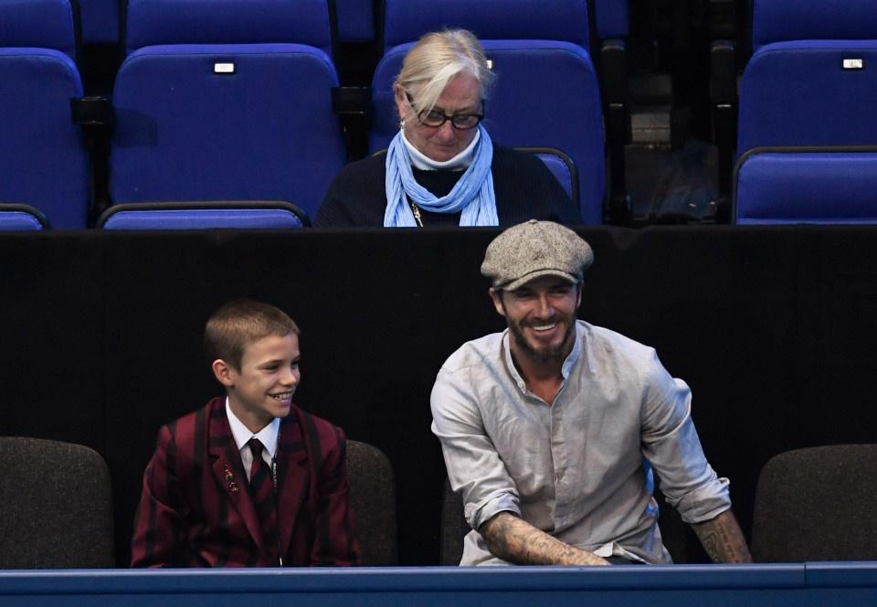 تصاویر   دیوید بکام و پسرش تماشاچیان ویژه مسابقات تنیس جام ستارگان