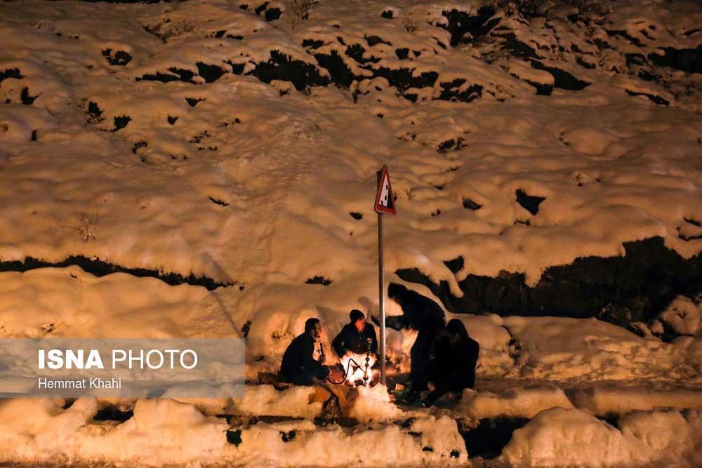 تصاویر | شبهای سرد پاییزی تهران ؛ کارتن خوابها را دریابیم