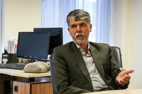 معاون فرهنگی وزیر ارشاد از اعمال فشار و بولتنسازیها گفت