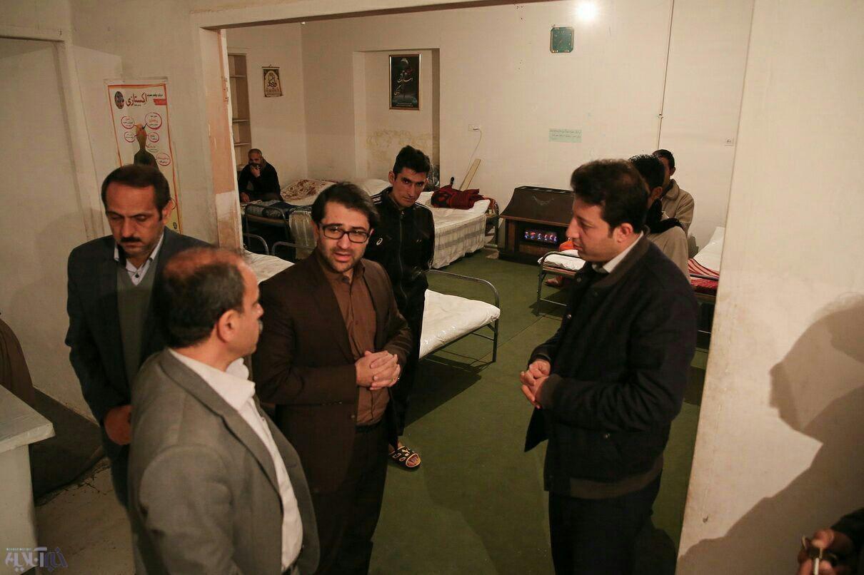 بازدید مدیرکل بهزیستی کرمانشاه از سرپناههای شبانه