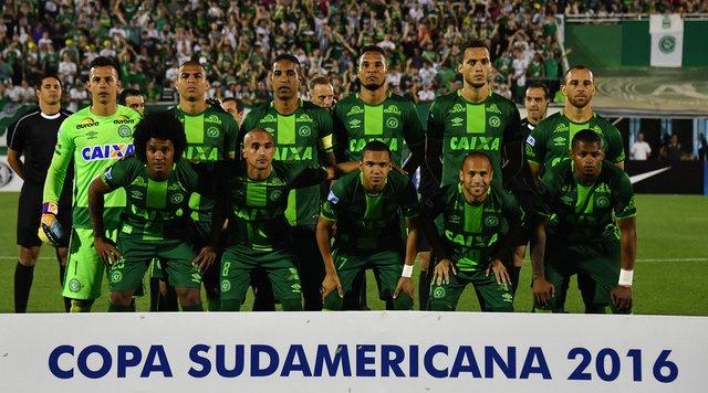 فوتبال سرشار از محبت؛ همه کمکها به تیم از دسترفته برزیلی