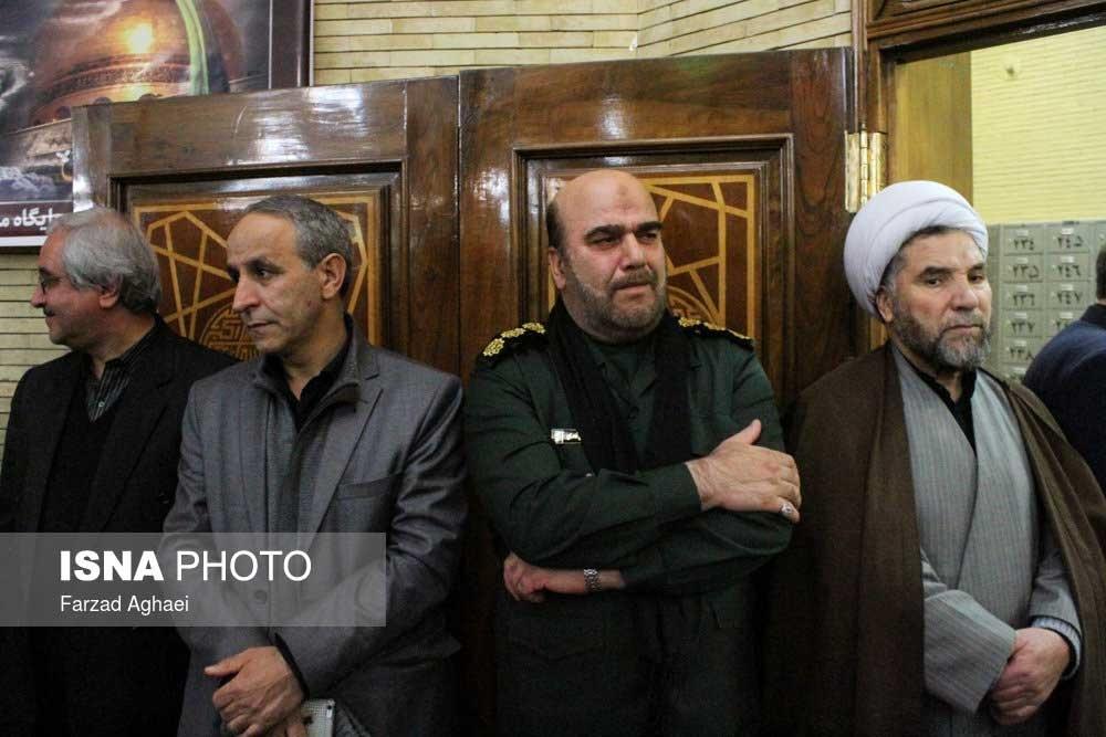 تصاویر   شام غریبان جانباختگان حادثه قطار   حضور پزشکیان، هاشمی و آخوندی