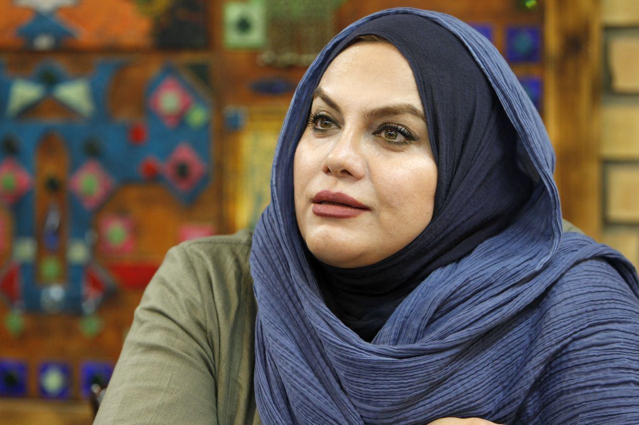 فیلم   نرگس آبیار در تلویزیون از رئیس دولت اصلاحات و برخوردهای جناحی گفت