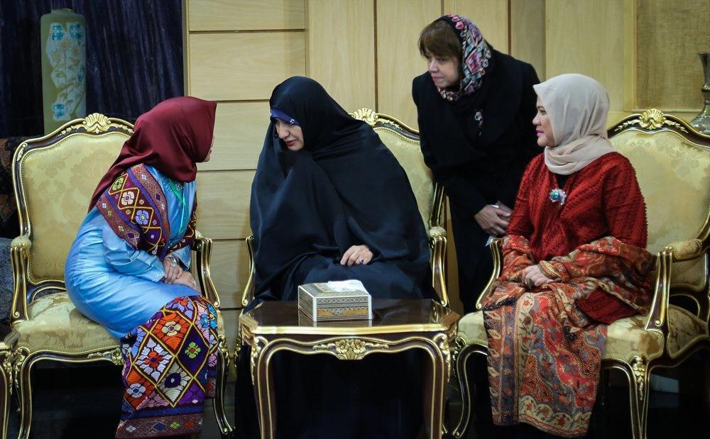 تصاویر | پوشش همسر رییسجمهور اندونزی در تهران