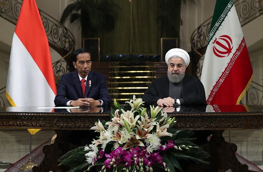 تاکید روحانی بر حذف واسطه ها در روابط تجاری ایران و اندونزی