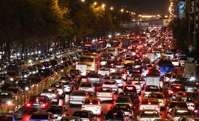 تصمیمهای بیرمق نخستینجلسه شورایترافیک تهران؛ هوشمندسازی پارک حاشیهای و مسدود شدن دسترسیهای پلصدر