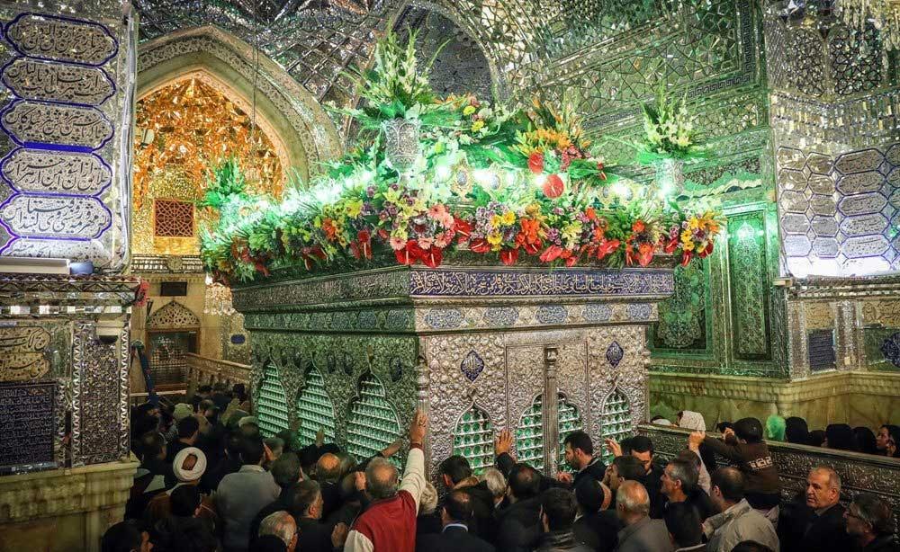 تصاویر | گلآرایی حرم مطهر شاهچراغ(ع) شیراز