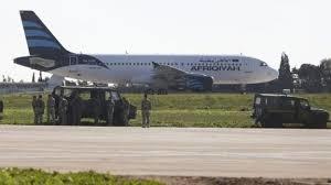 فیلم |  تصاویر هواپیمای ربوده شده لیبی در جزیره مالت