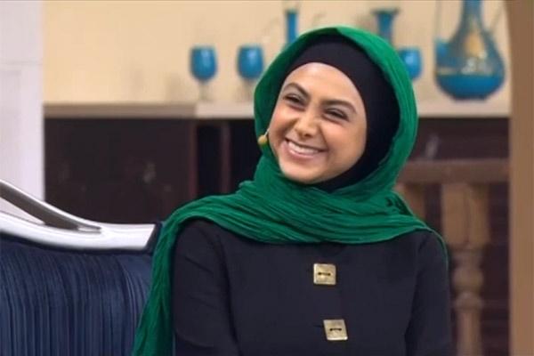 فیلم   آغاز متفاوت گفتگوی مدیری با آزاده صمدی   صمدی: لجبازم و در عصبانیت برونریزم