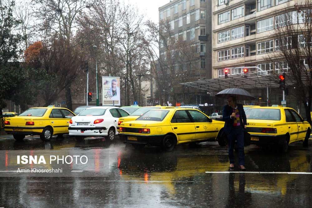 پاسخ شهرداری تهران به گلایه شهروندان در روزهای بارانی: در شرق پایتخت، آبگرفتگی نداریم
