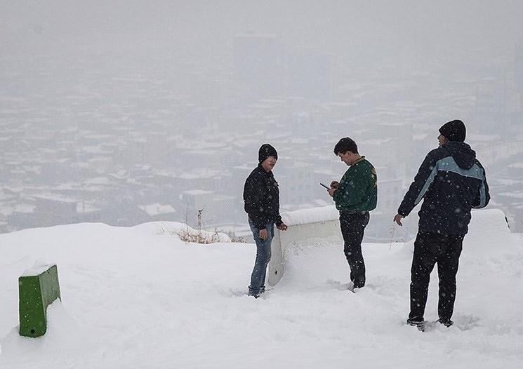 تصاویر   بارش برف در همدان و ارومیه