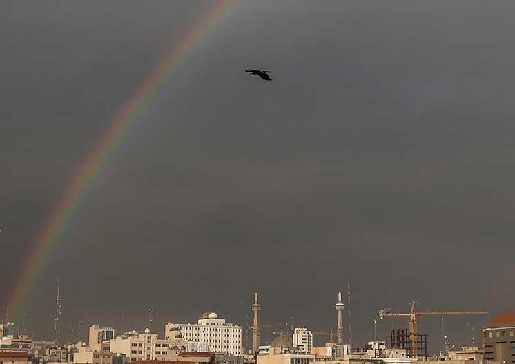 تصاویر |  پدیده کمنظیر رنگینکمان در تهران