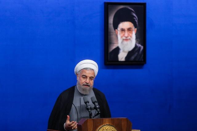 روحانی: من انقلابیِ پشیمان نمیشناسم /درود بر بهشتیها،مطهریها،شریعتیها،بازرگانها و باکریها/1