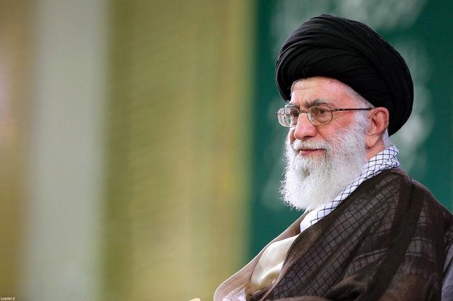 پیام رهبر انقلاب به اجلاس سراسری نماز / باید اعتراف کنیم که حق این فریضه الهی ادا نشده است