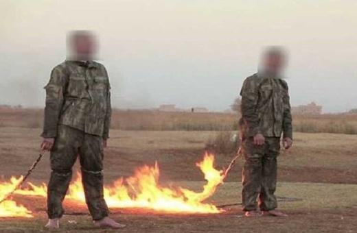 داعش دو نظامی ترک را زنده سوزاند
