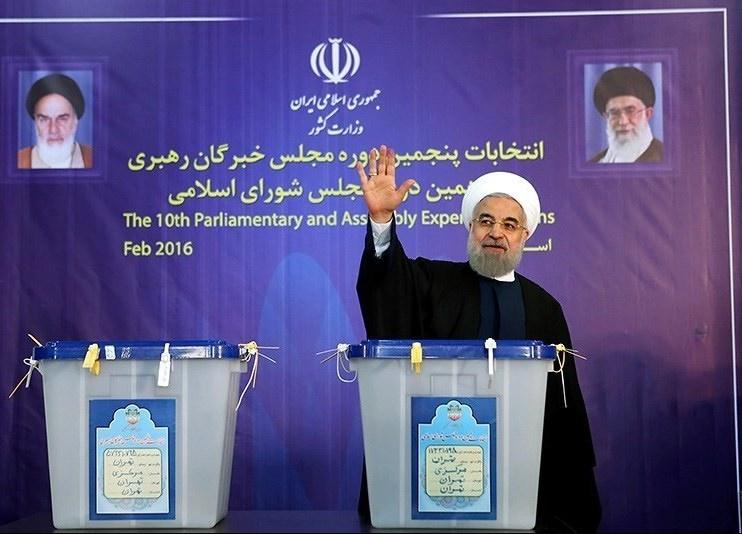 چند فریم از مسئولان نظام پای صندوق رای؛ از رهبری تا هاشمی، سیدحسن خمینی، لاریجانی و ...